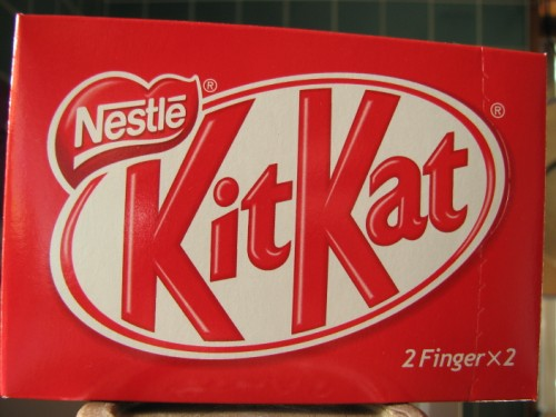 A regular KitKat in a red box